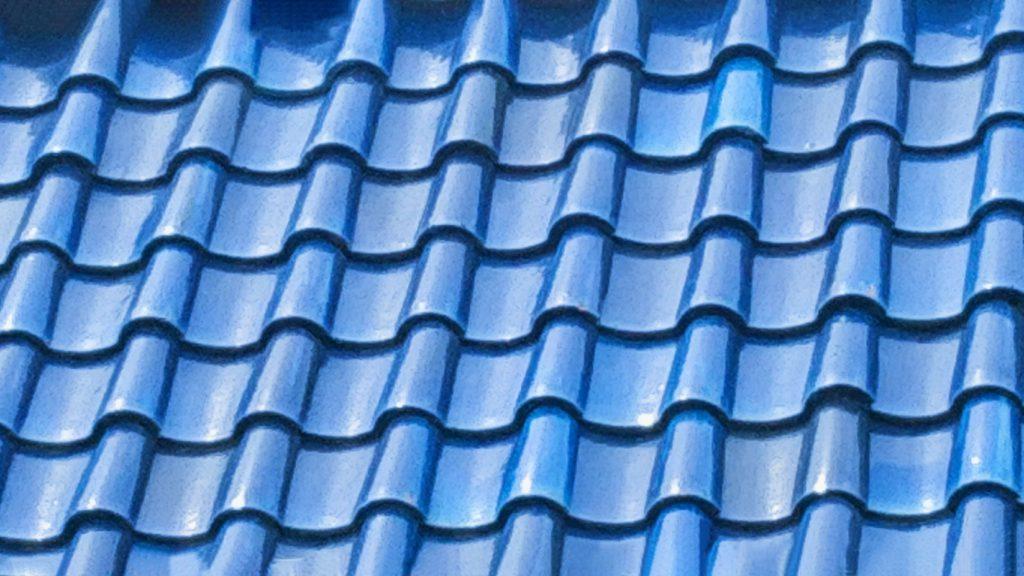 屋根塗装 青い屋根