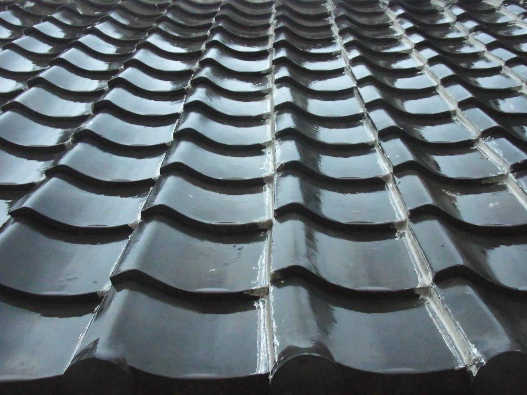 屋根材 防音性 瓦