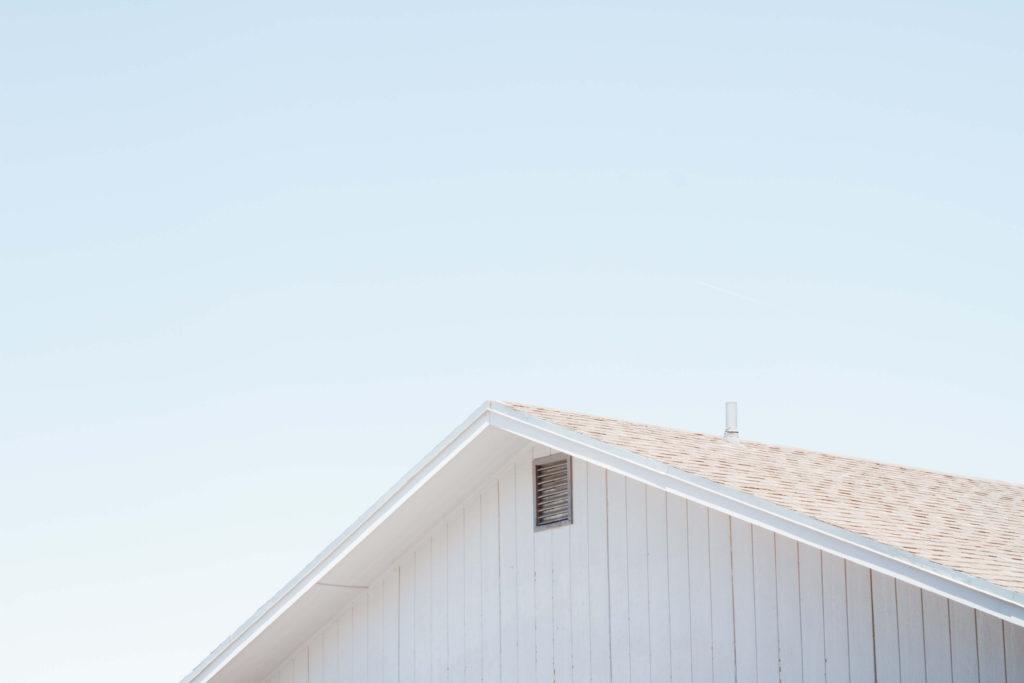 屋根塗装 屋根と空