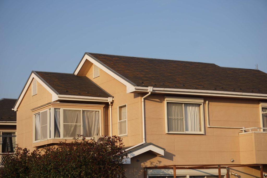 屋根塗装 ブラウンの屋根