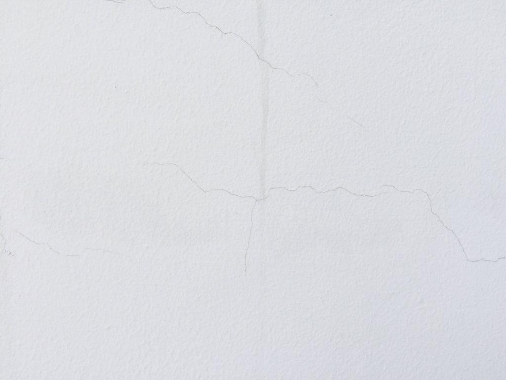 外壁のひび割れ(ヘヤーラック)