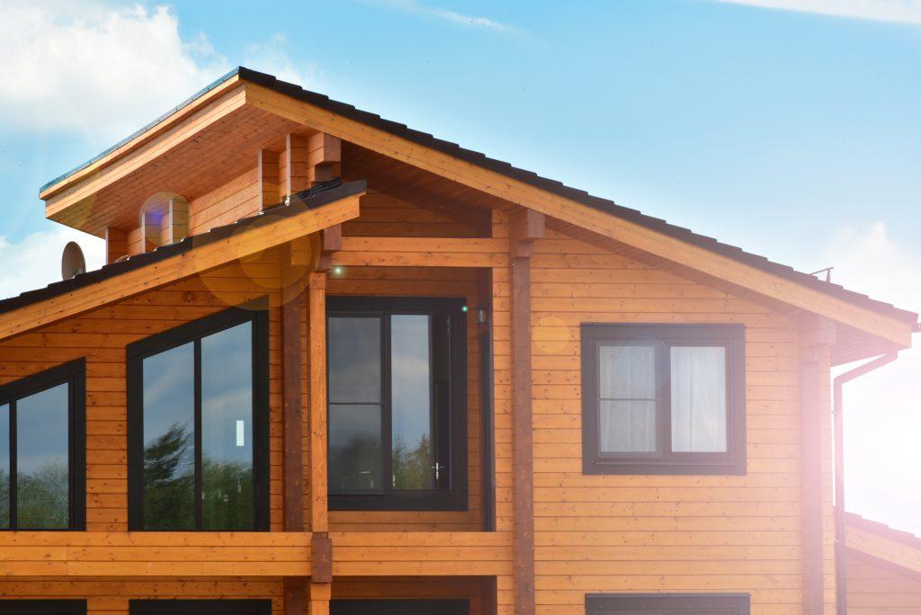 ラジカル塗料 木目調の家