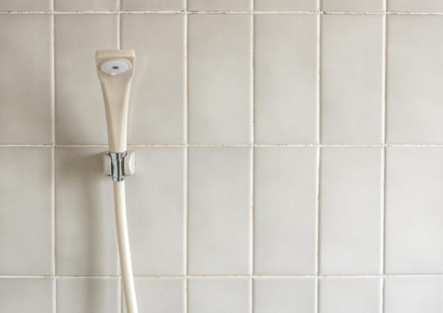 コーキングとシーリング シャワー
