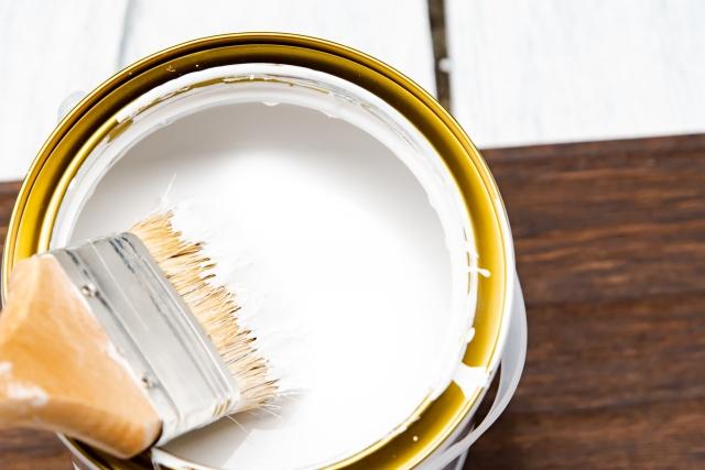 シリコン塗料 塗料と刷毛