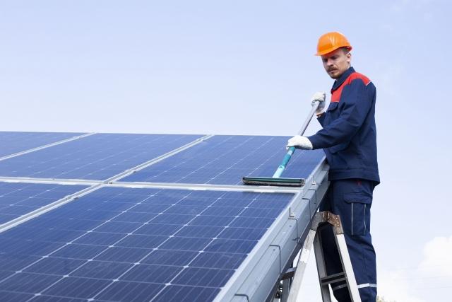 太陽光パネル 清掃